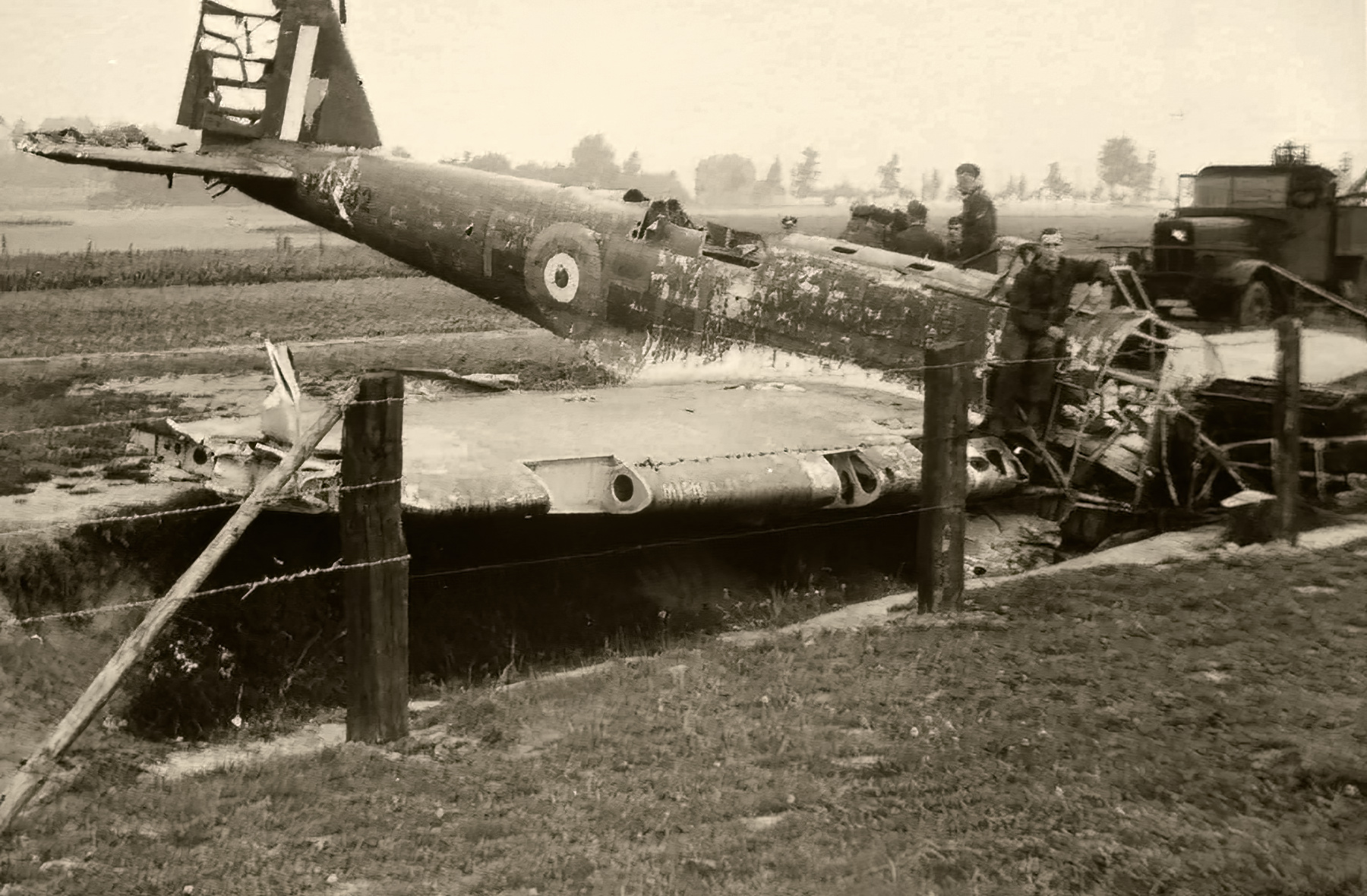 Fairey Battle RAF 12Sqn PHF P2332 force landed France May Jun 1940 01