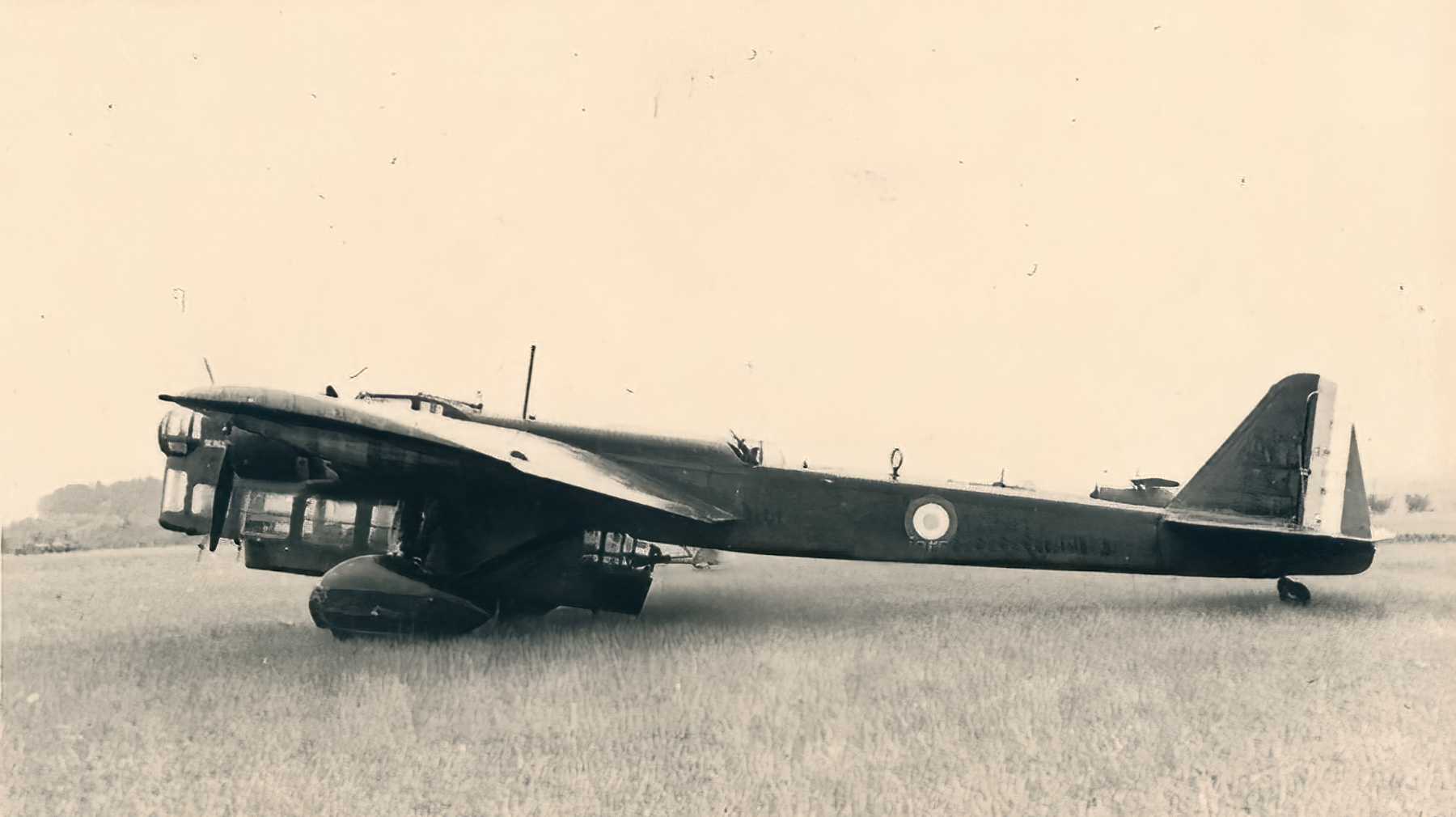 French Airforce Amiot 143 stands ready for deployment France 1940 ebay 01