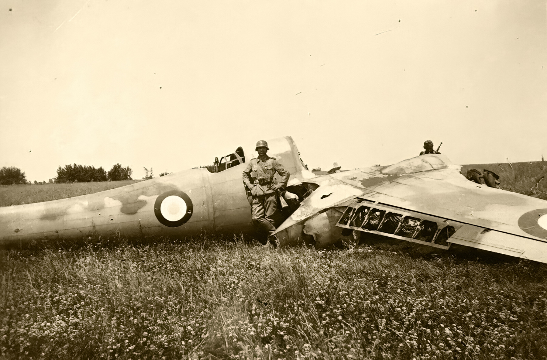 French Airforce Breguet Bre 690 burnt out remains rests abandoned in a french field France 1940 ebay 01