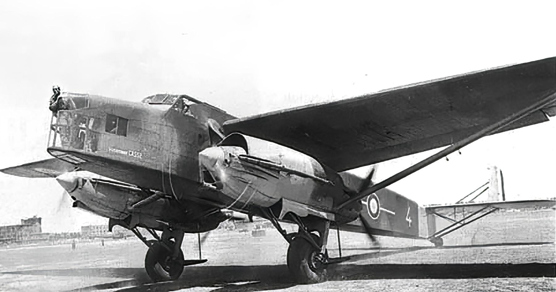French Airforce Farman NC223 White 4 France 1940 wiki 01
