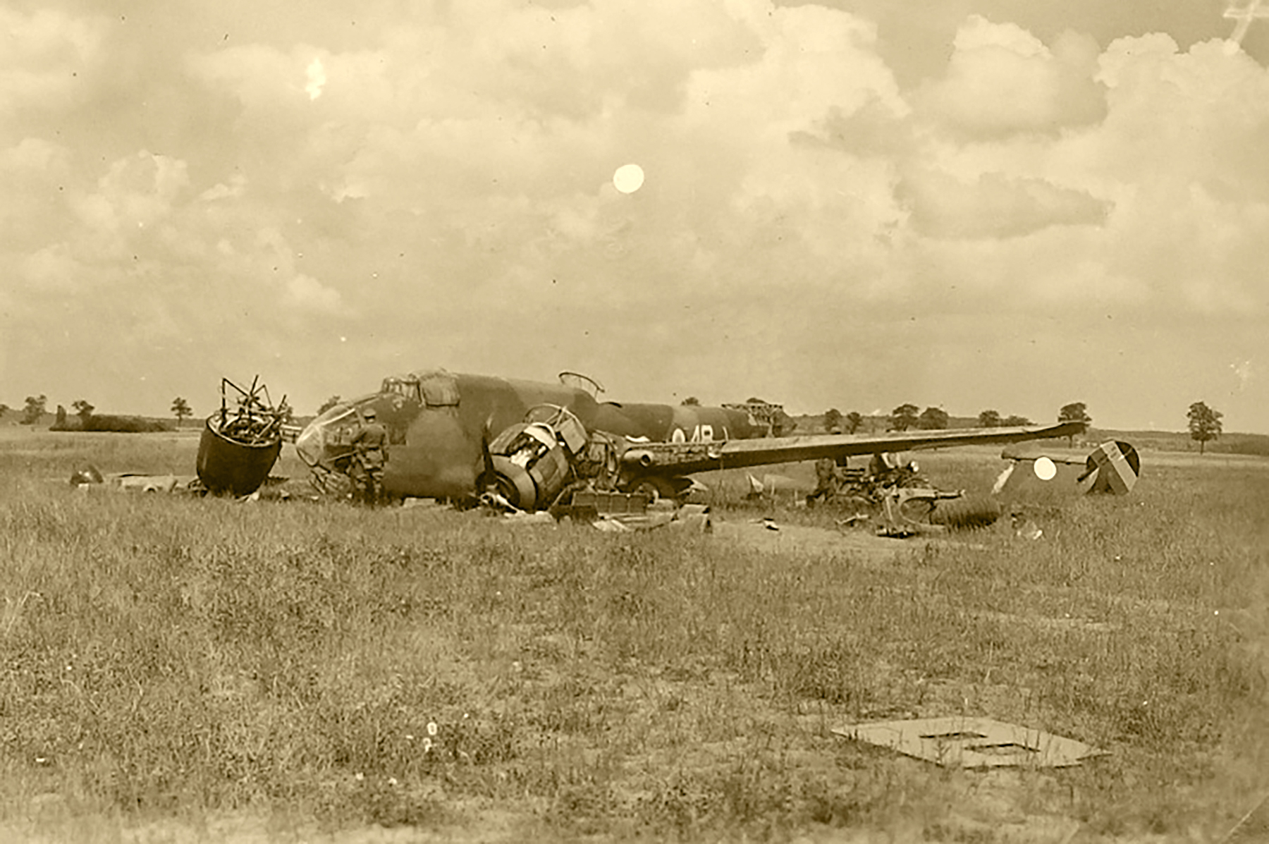 French Airforce Liore et Olivier LeO 451 White 48 force landing France May Jun 1940 ebay 01