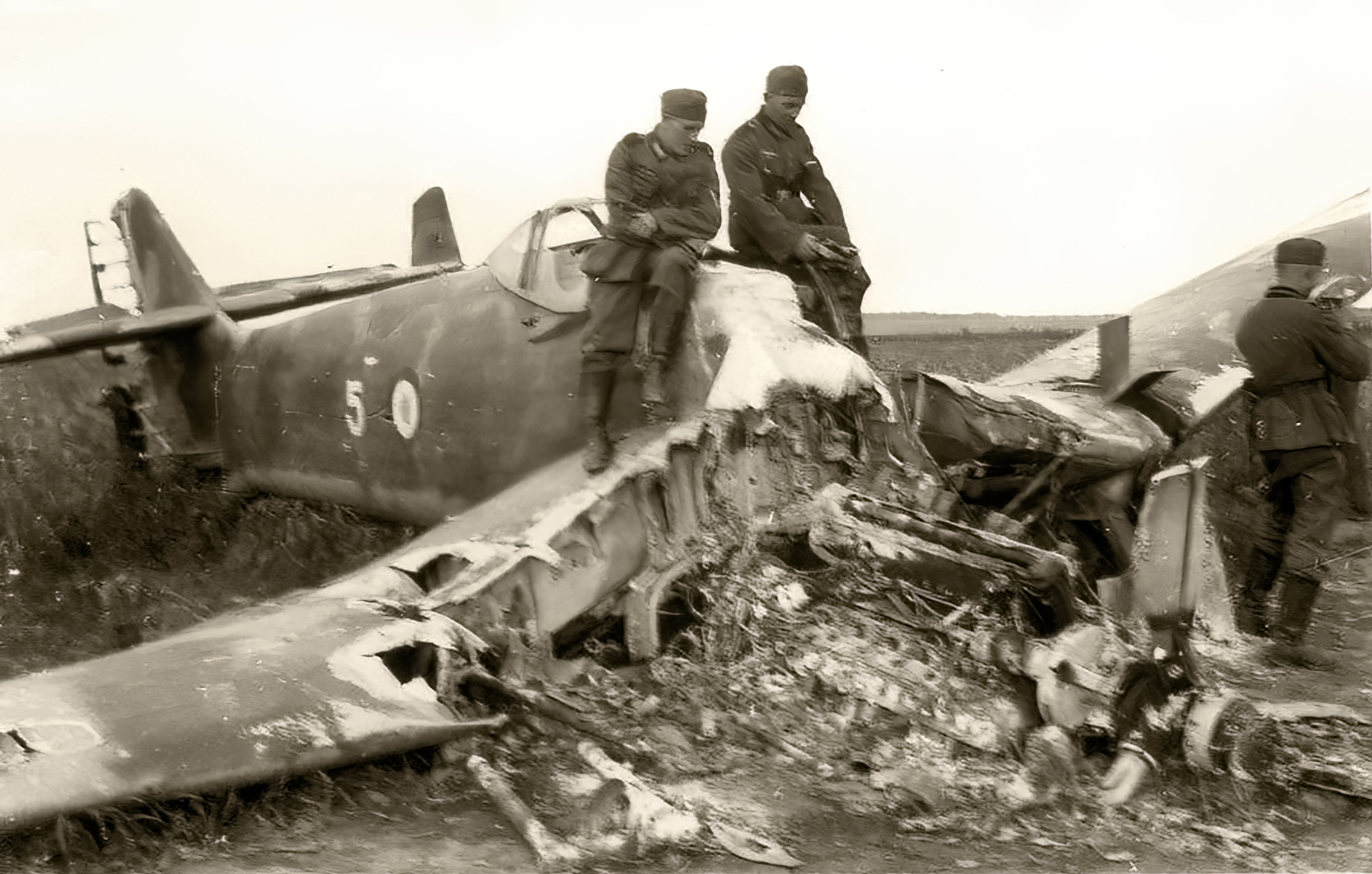 French Airforce Loire Nieuport LN 401 Nr5 destroyed after force landing France 1940 ebay 01