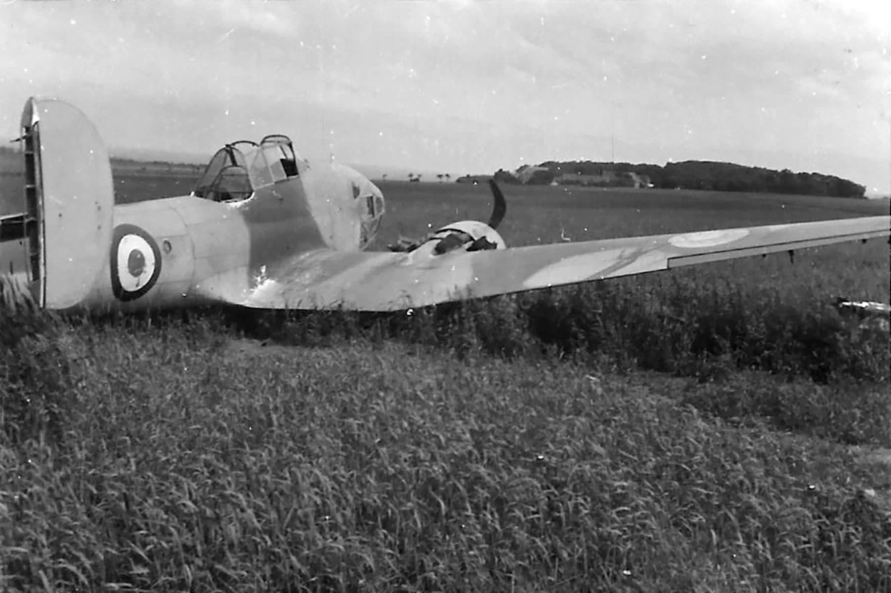 French Airforce Potez 63.11 force landed at Saint Inglevert France 1940 ebay 01