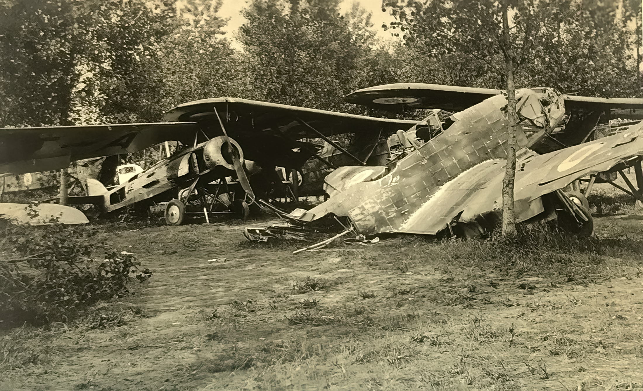French Airforce Potez 63.11 wrecked fuselage at Charleville France 1940 ebay 01