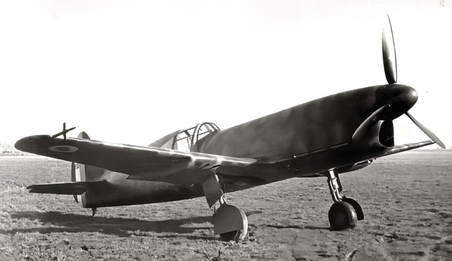 French Caudron CR 770C1 sn01 Cyclone Polish AF France 1940 web 02