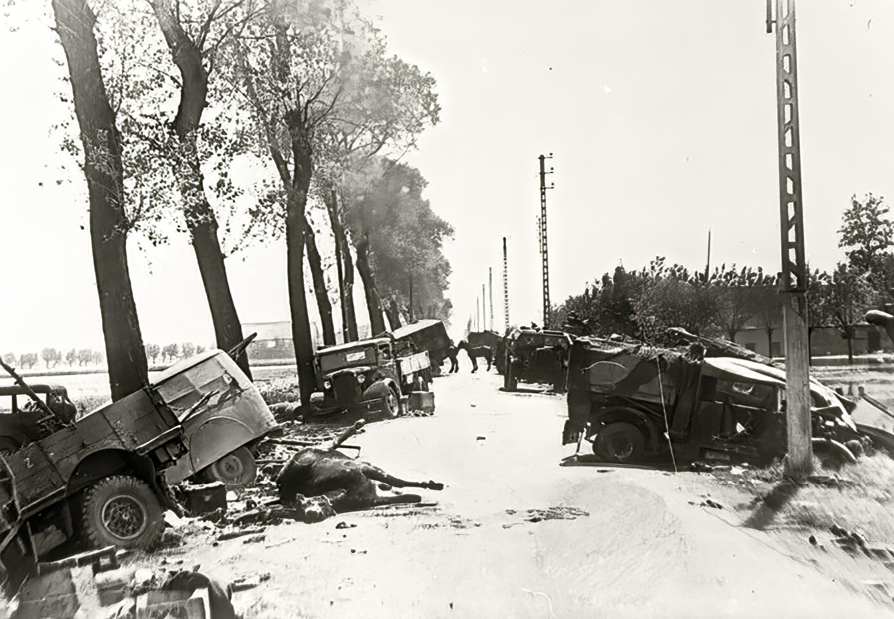 Dunkirk roads littered with destroyed vehicles after the BEF withdrawal from France 12th Jun 1940 01