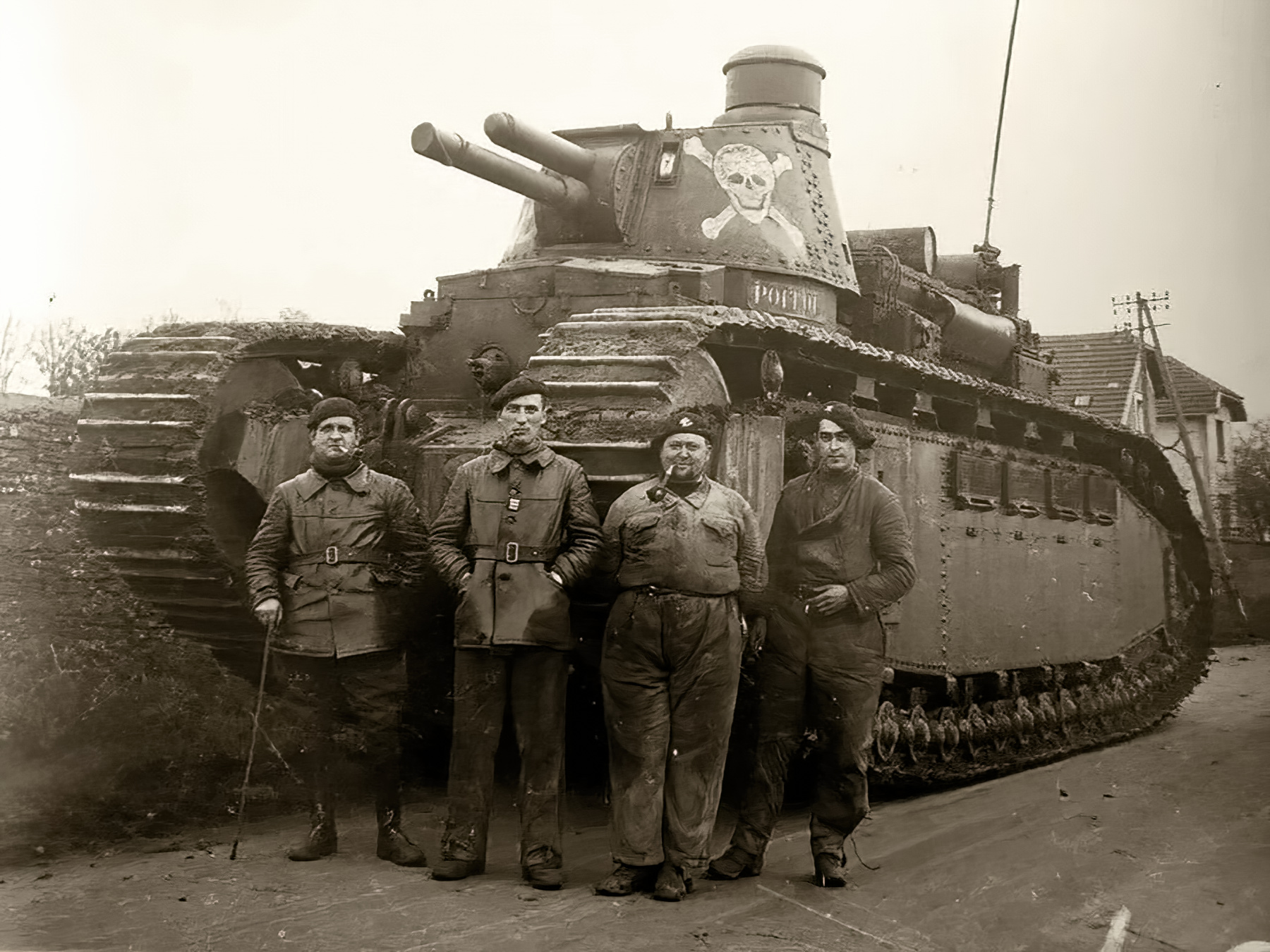 French Army Char 2C or FCM 2C was a heavy tank used during battle of France 1940 web 01