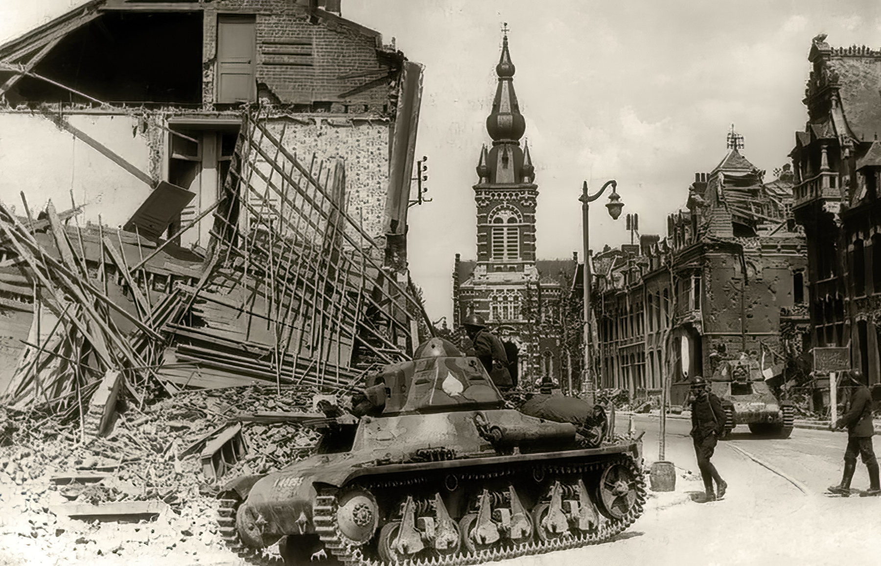 French Army Hotchkiss H35 defending a French town France 1940 ebay 01