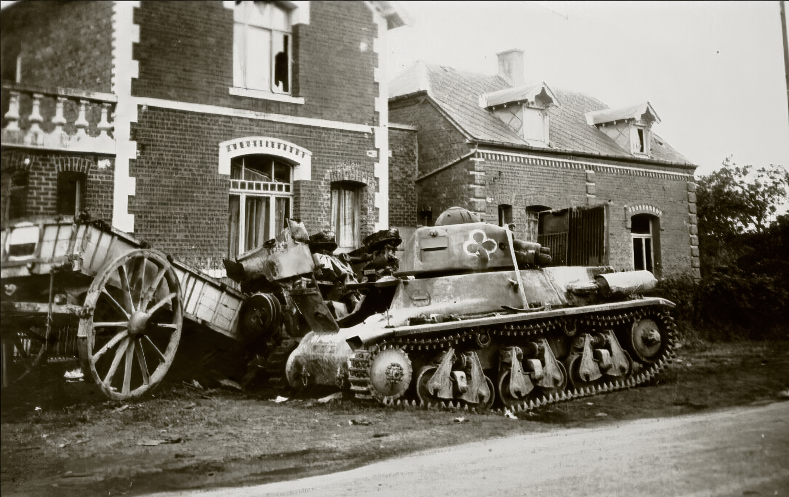 French Army Hotchkiss H35 left abandoned near a French village battle of France 1940 ebay 01
