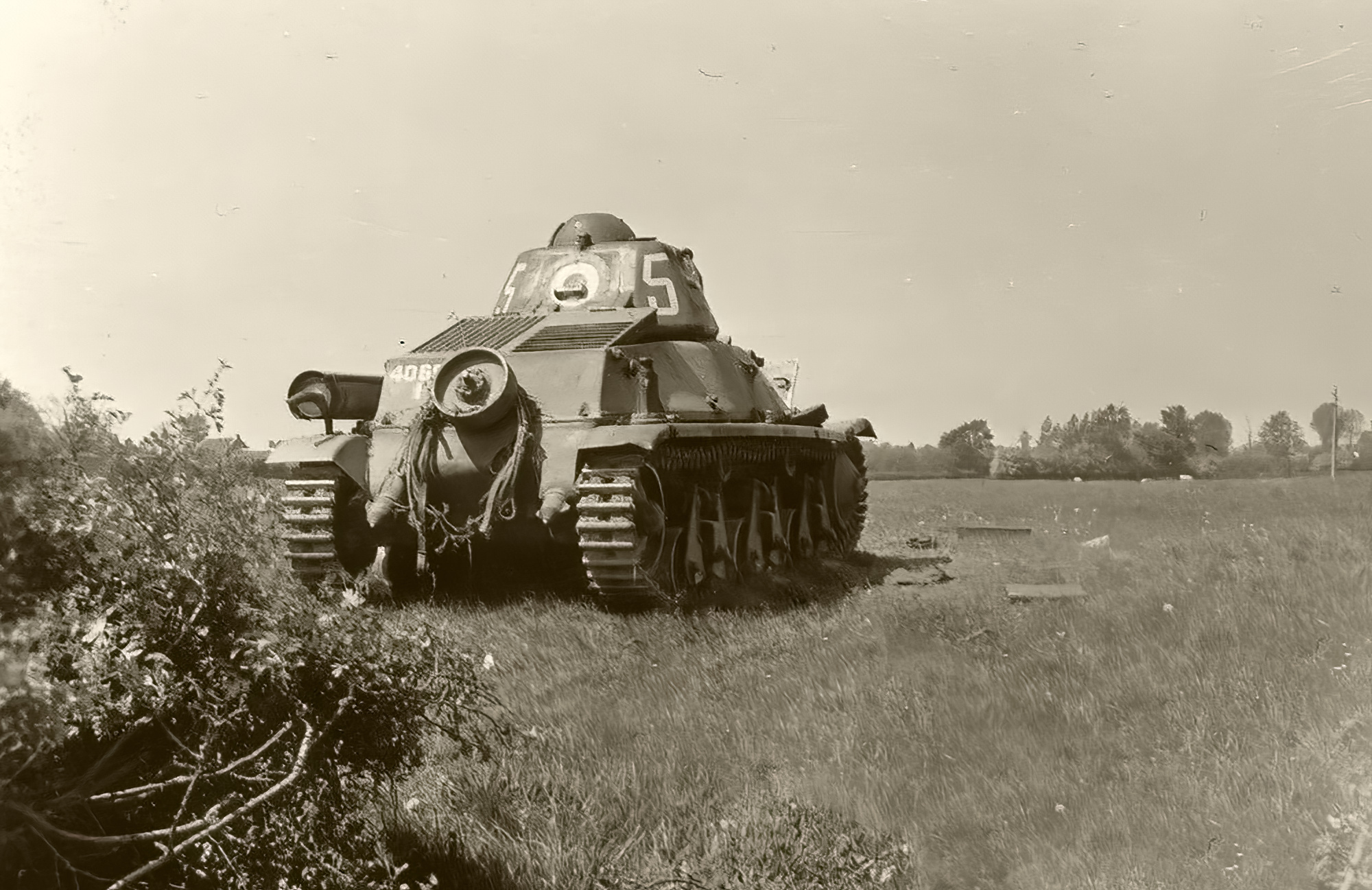 French Army Hotchkiss H39 White 5 at Bussy Saint Georges France 1940 ebay 01