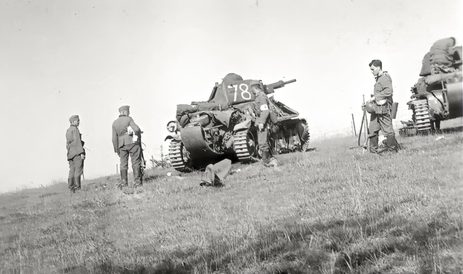 French Army Hotchkiss H39 White 78 captured battle of France 1940 ebay 01
