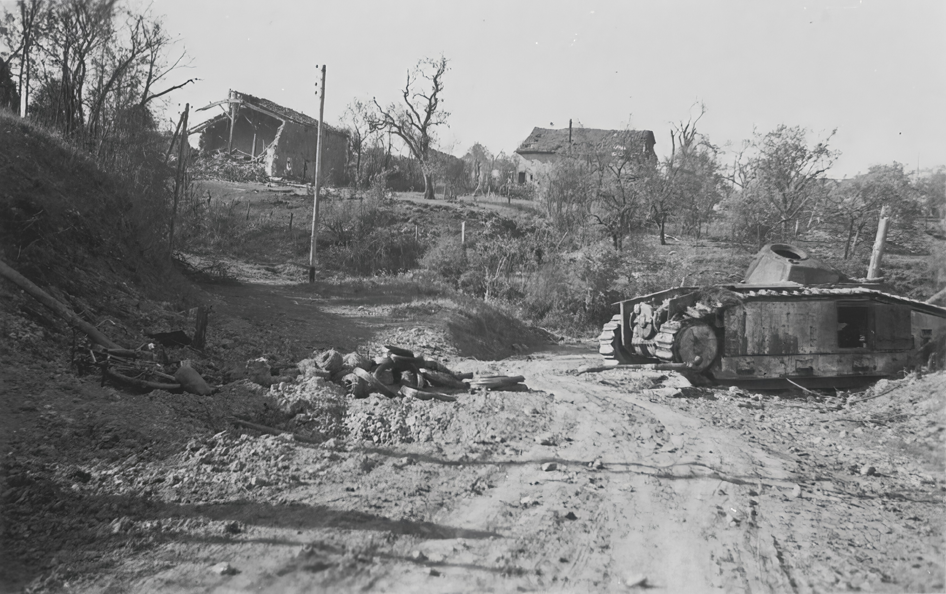 French Army Renault Char B1 destroyed near Stonne Battle of France May 1940 NIOD
