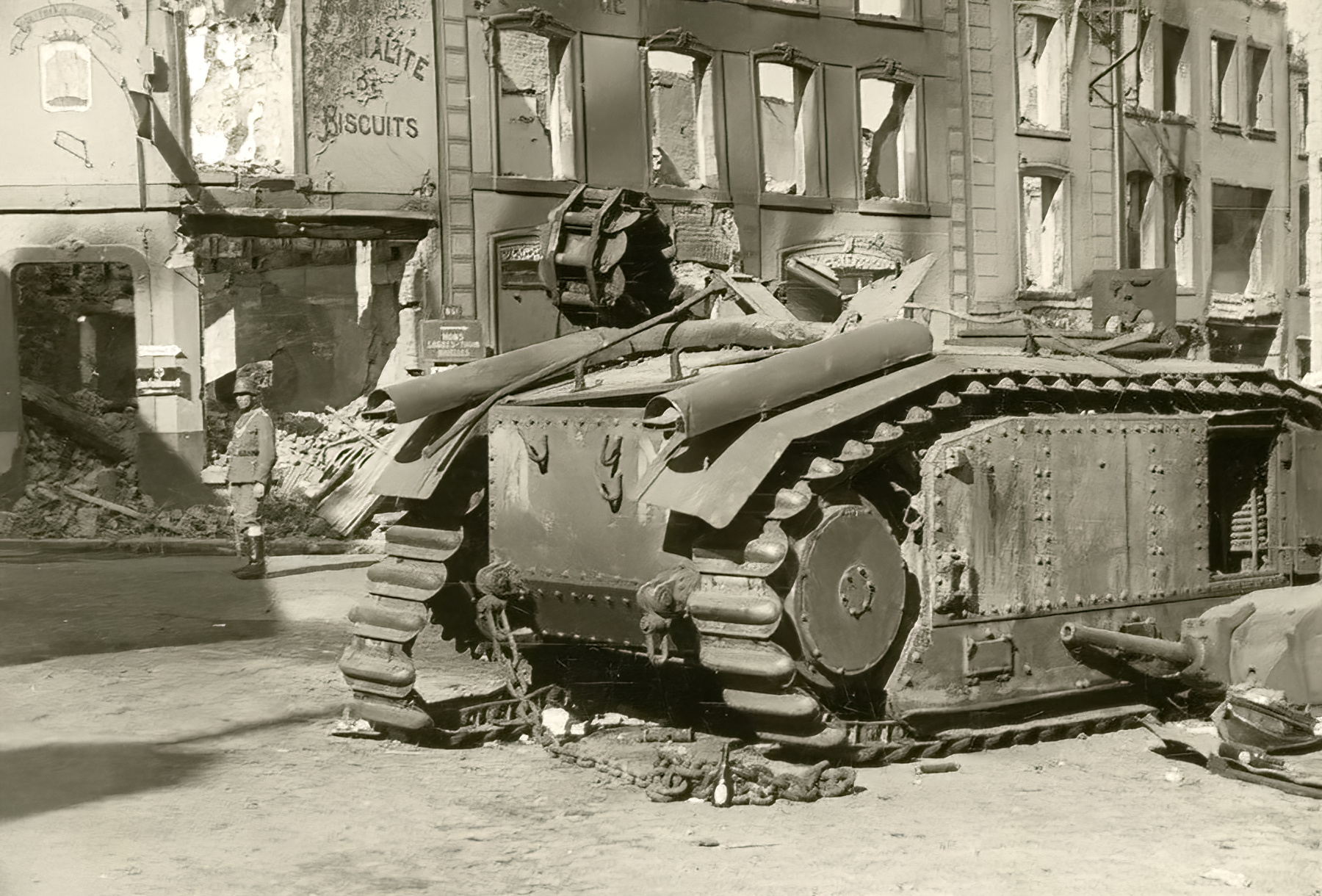 French Army Renault Char B1 knocked out during the battle of France 1940 ebay 01