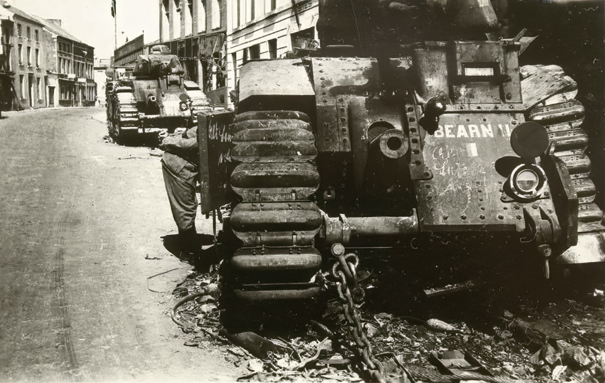 French Army Renault Char B1 named Bearn II knocked out during the battle of France 1940 ebay 01
