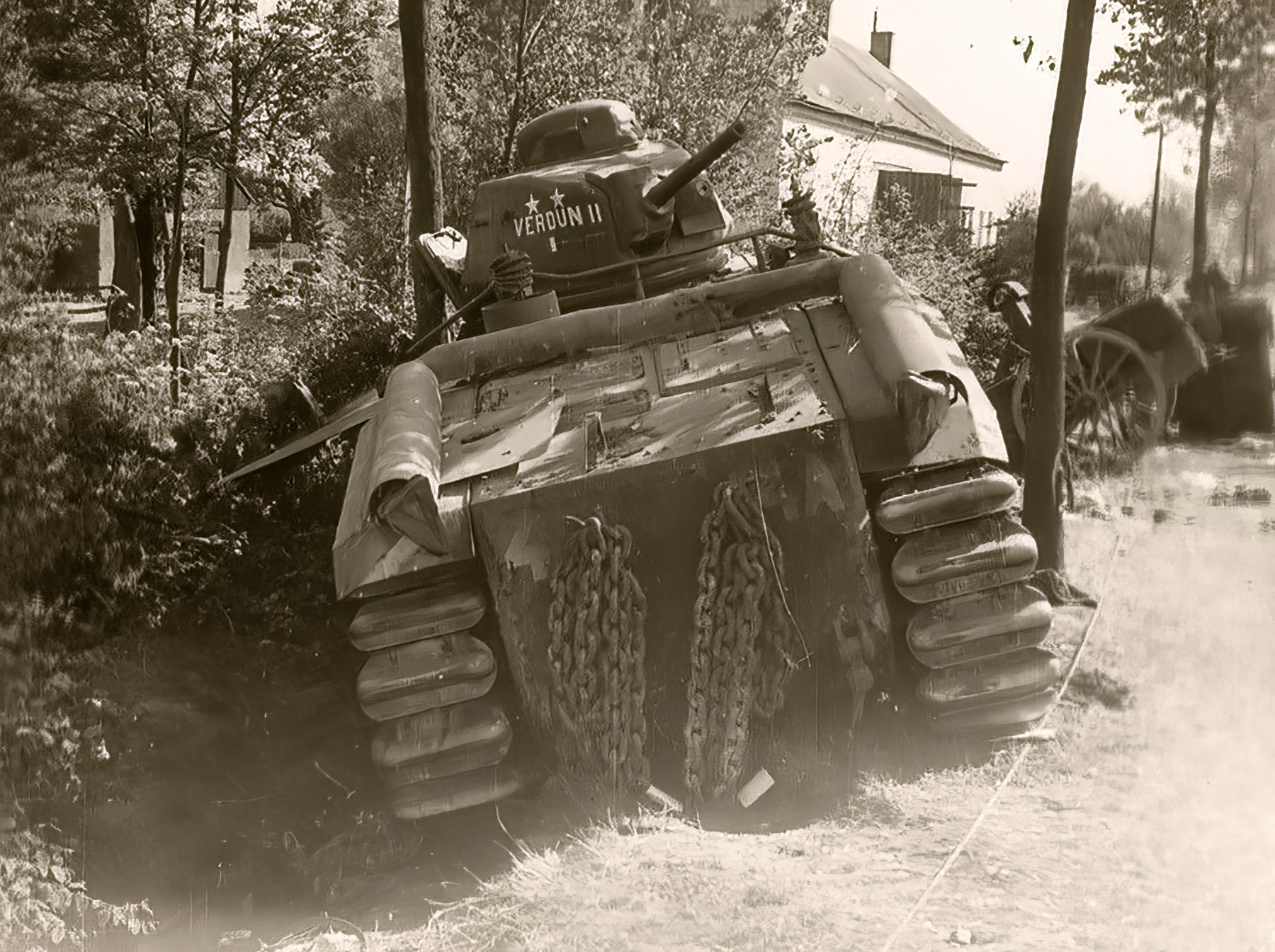 French Army Renault Char B1 named Verdun II abandoned during the battle of France 1940 ebay 01