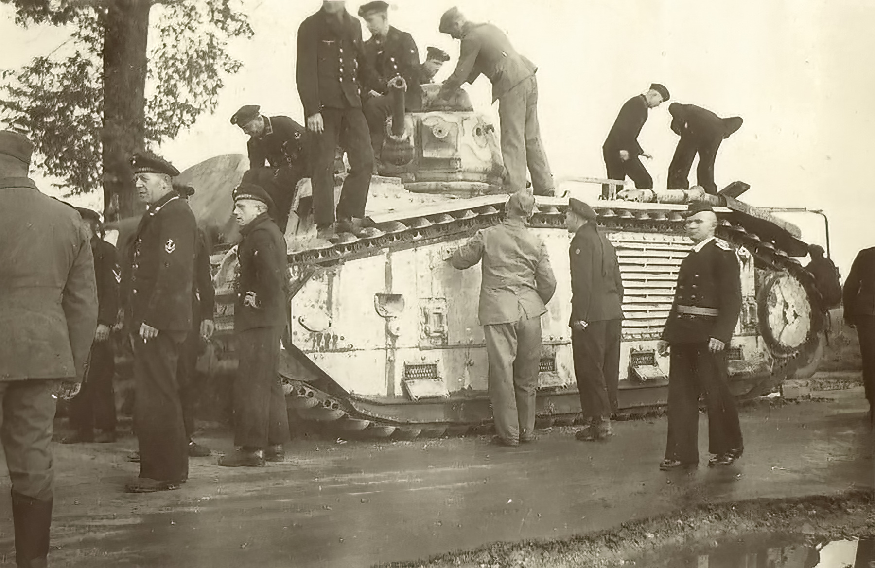 French Army Renault Char B1bis captured during the battle of France 1940 ebay 01