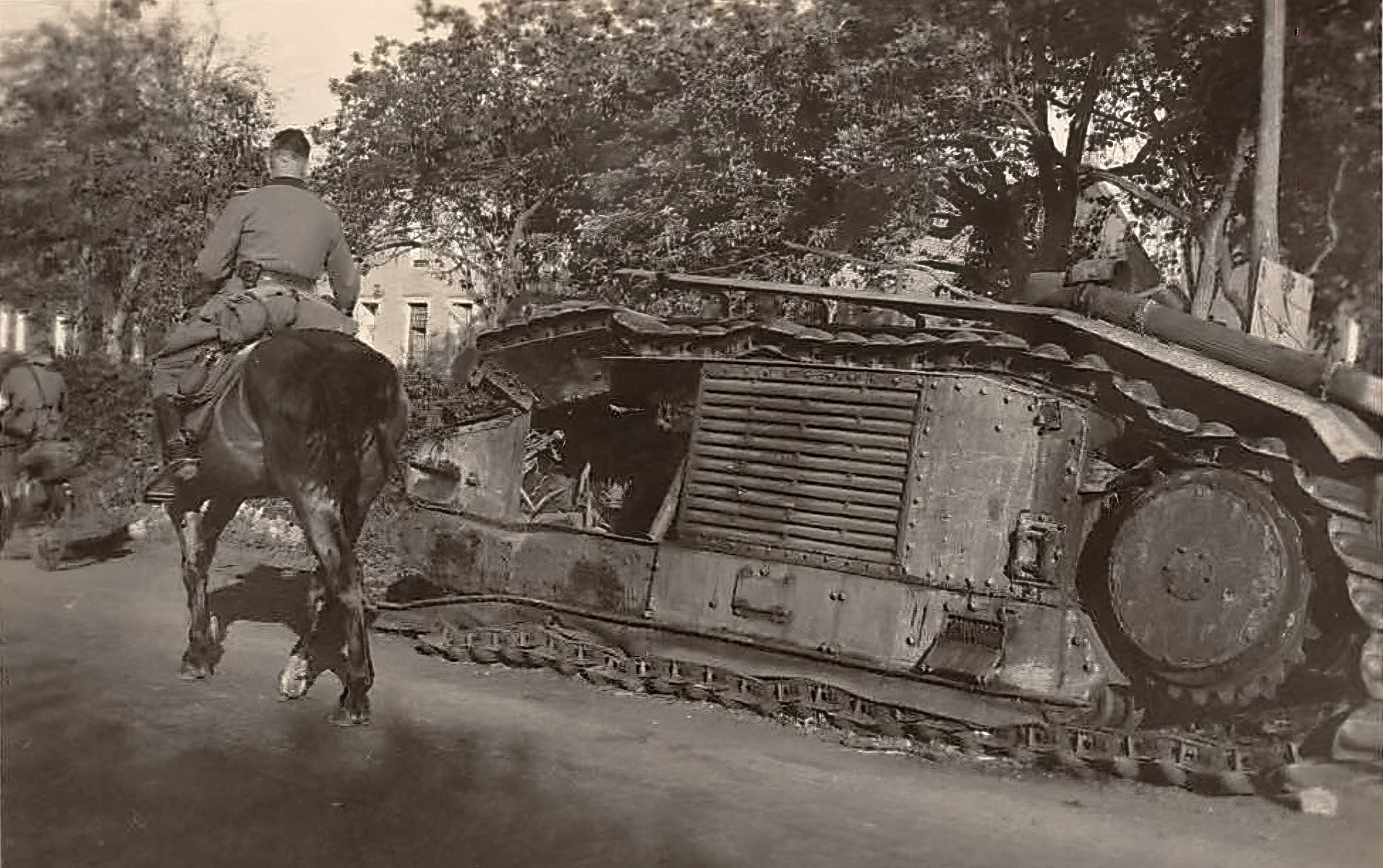 French Army Renault Char B1bis destroyed in Laon France 1940 ebay 01
