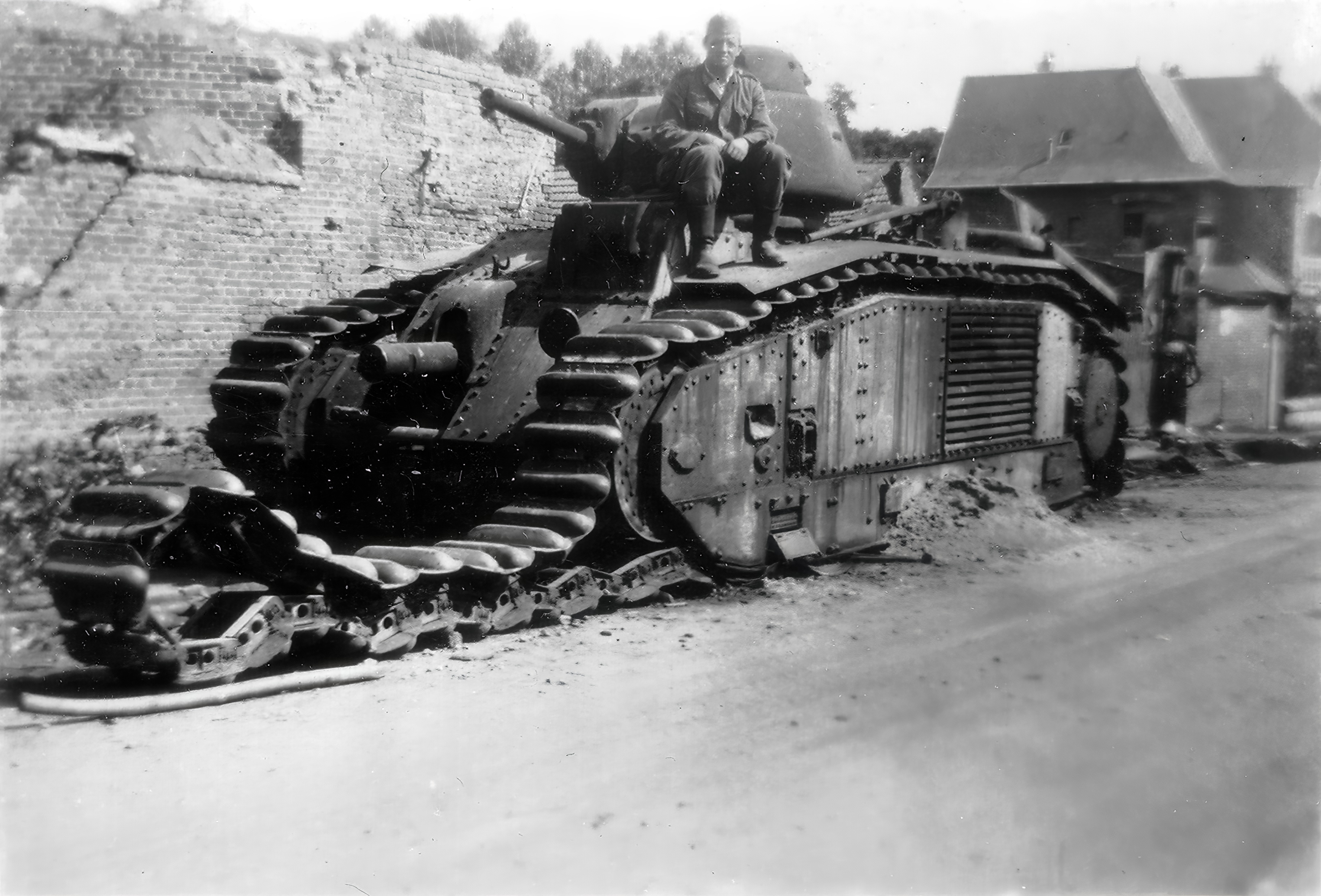 French Army Renault Char B1bis knocked out Saint Simon France May 1940 ebay 02