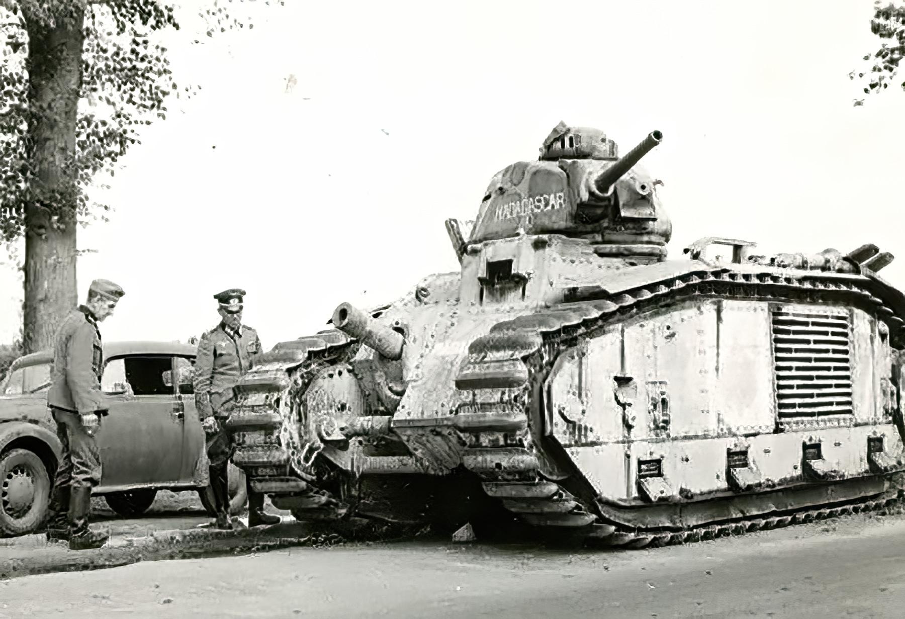 French Army Renault Char B1bis named Madagascar captured battle of France ebay 01