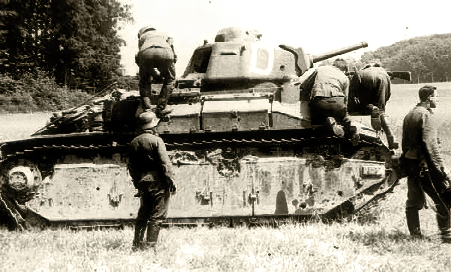 French Army Renault D2 tank White D captured battle of France 1940 web 01