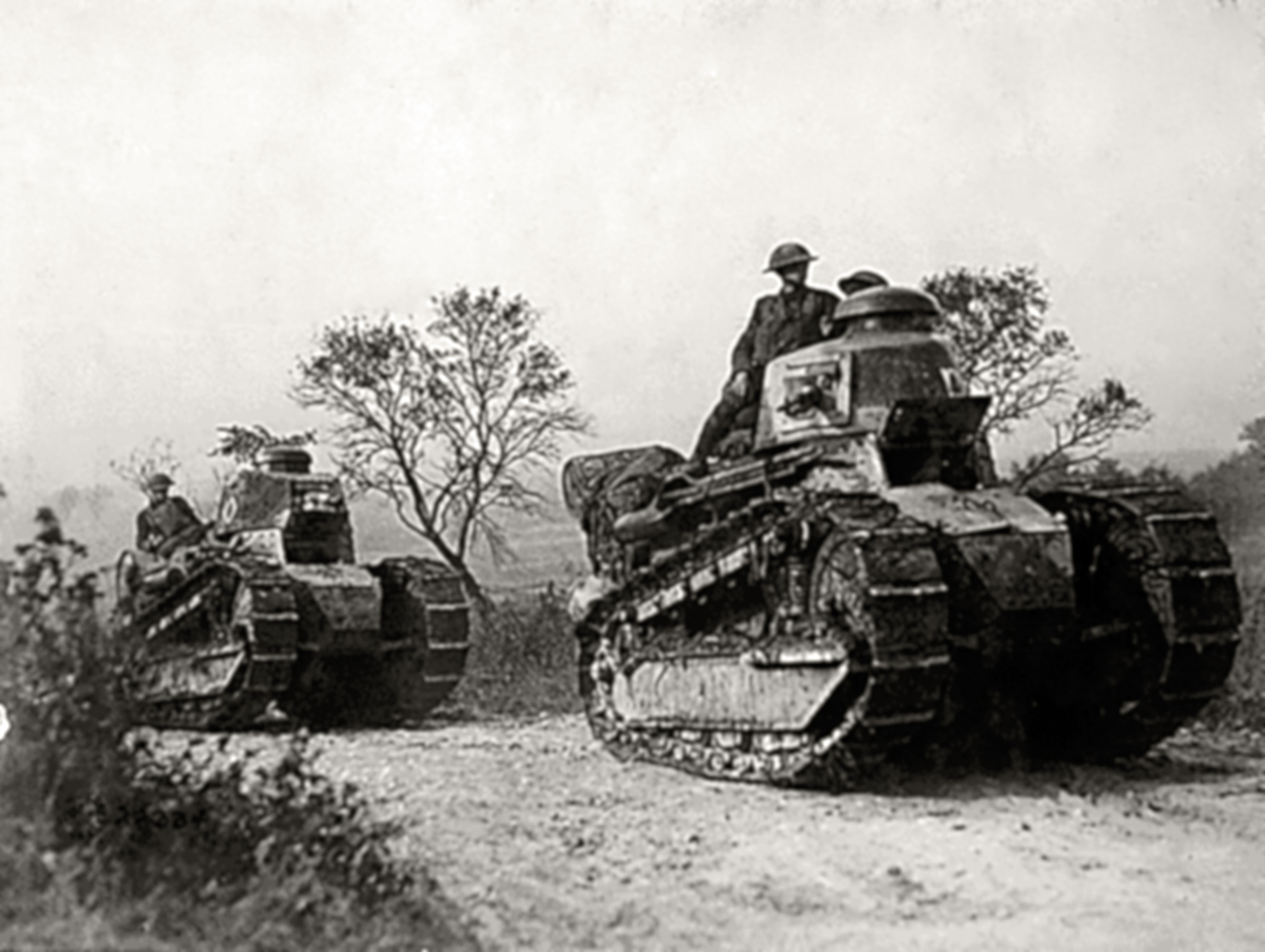 French Army Renault FT 17s with British troops during the Battle of France 1940 ebay 01
