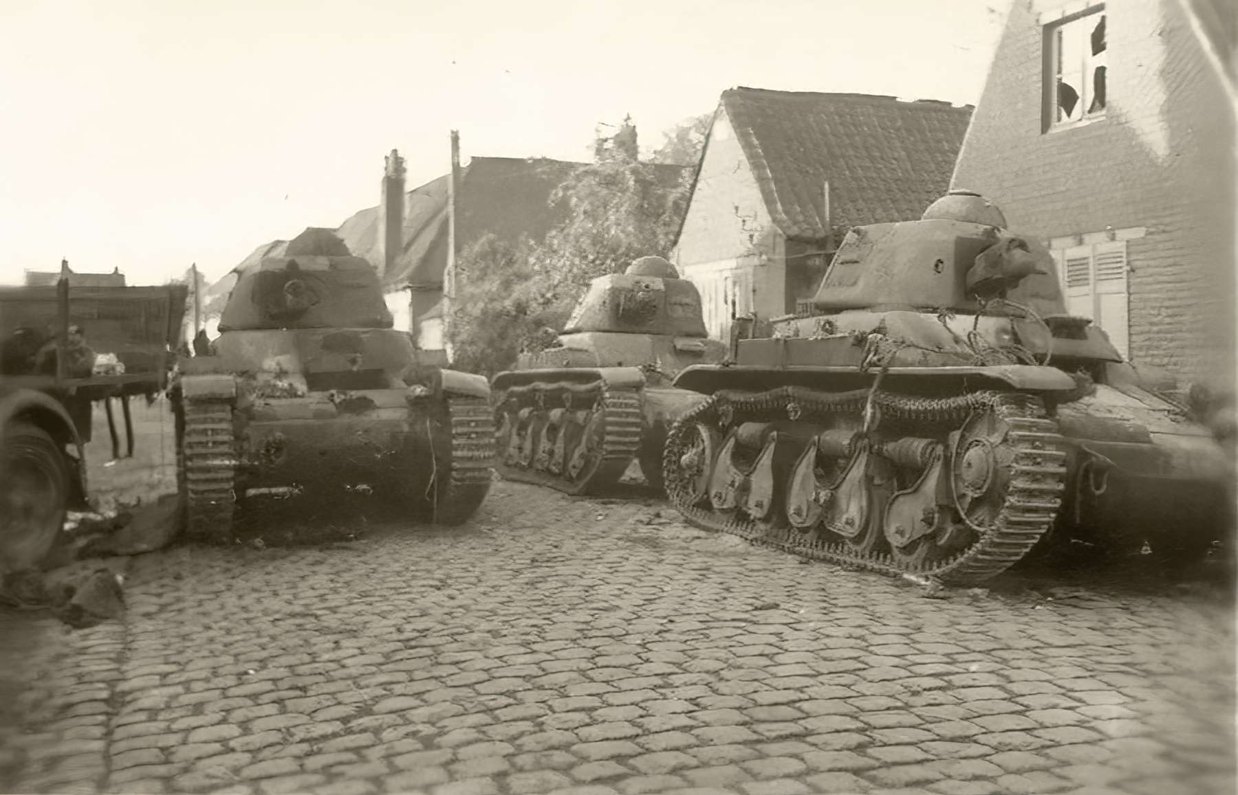 French Army Renault R35 support tank abandoned battle of France 1940 ebay 02