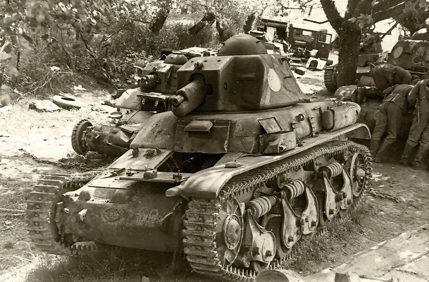 French Army Renault R35 support tank captureded France 1940 web 01