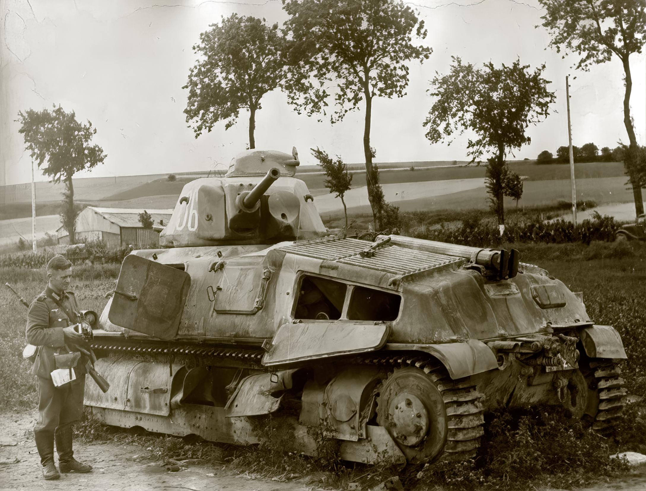 French Army Somua S35 White 36 abandoned along a roadside France June 1940 ebay 01