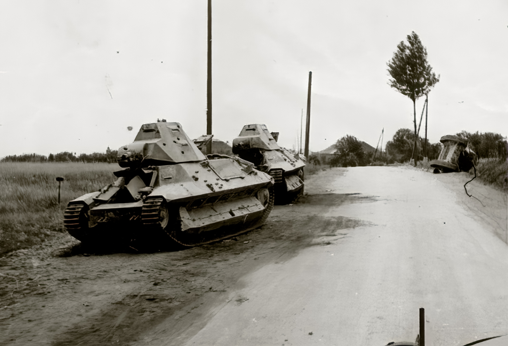 French Army Somua S35 abandoned during the battle of France May 1940 ebay 01