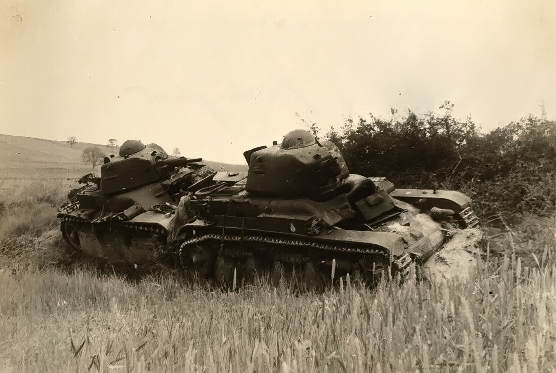 French Army Somua S35 and Renault R35 abandoned Omers France 1940 ebay 01