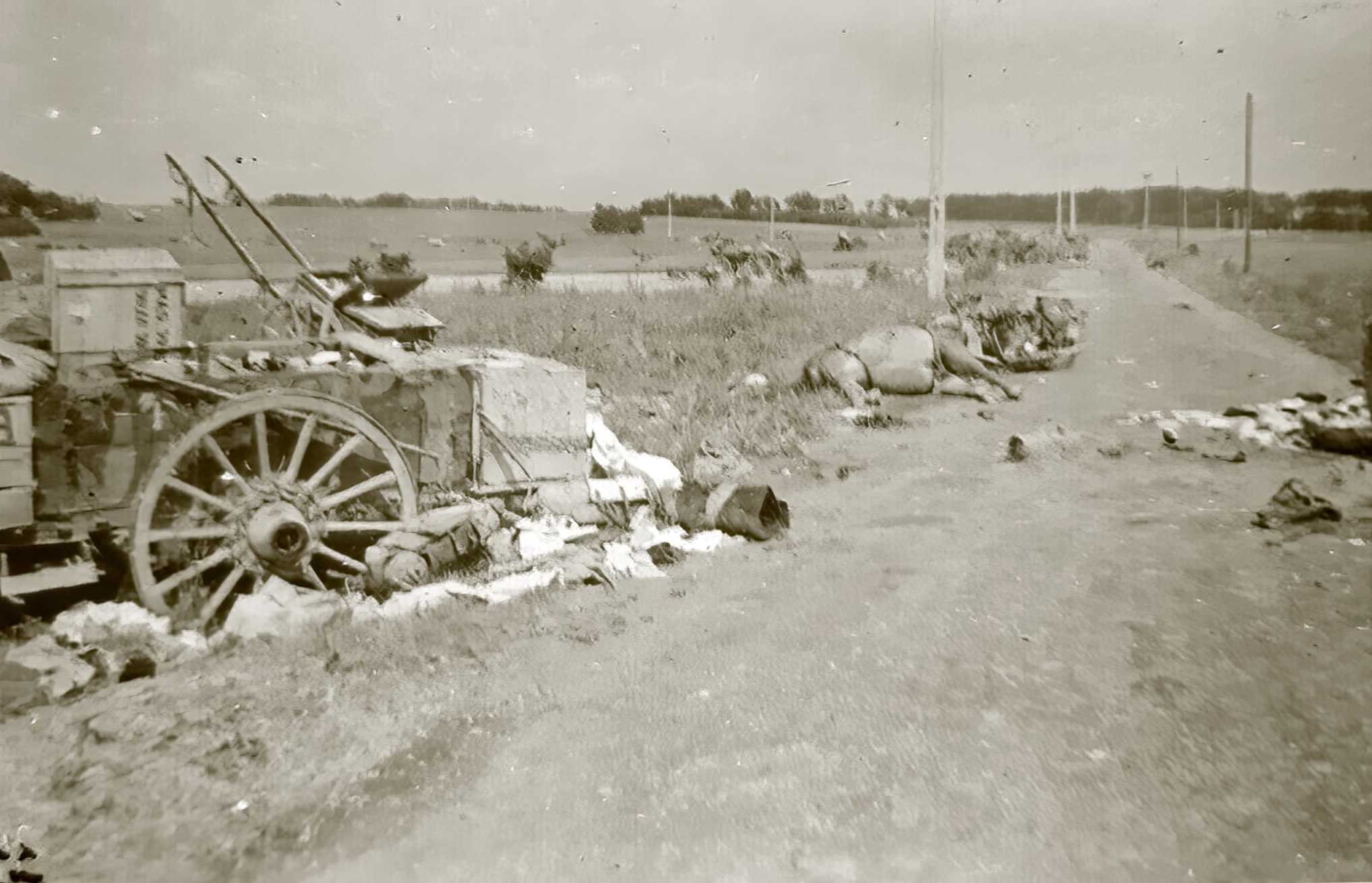 French road near Amiens showing the aftermath of the chaos suffered during the fall of France 1940 ebay 01