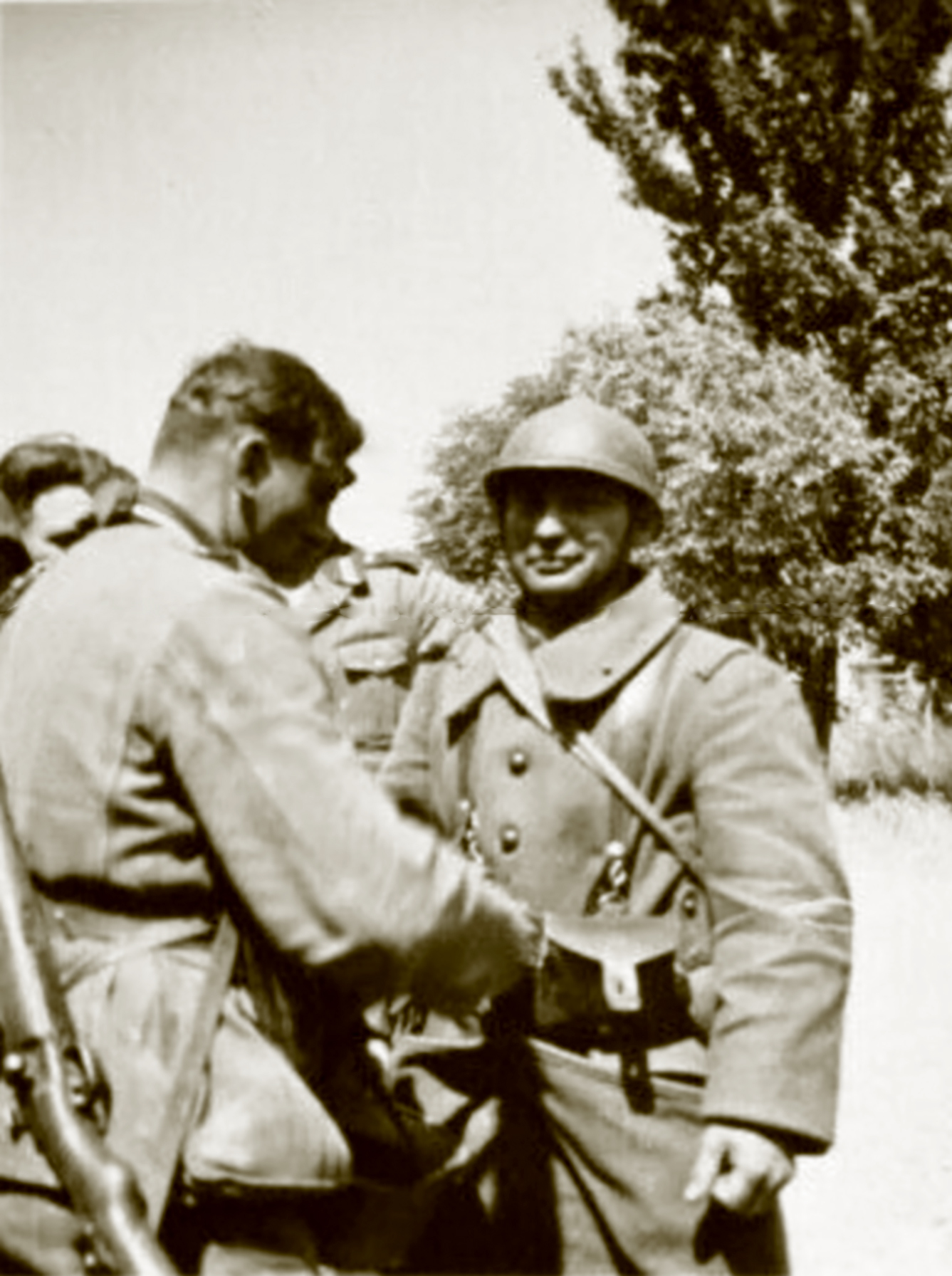 French soldier with clenched fist facing the humiliation of surrender May 1940 ebay 01