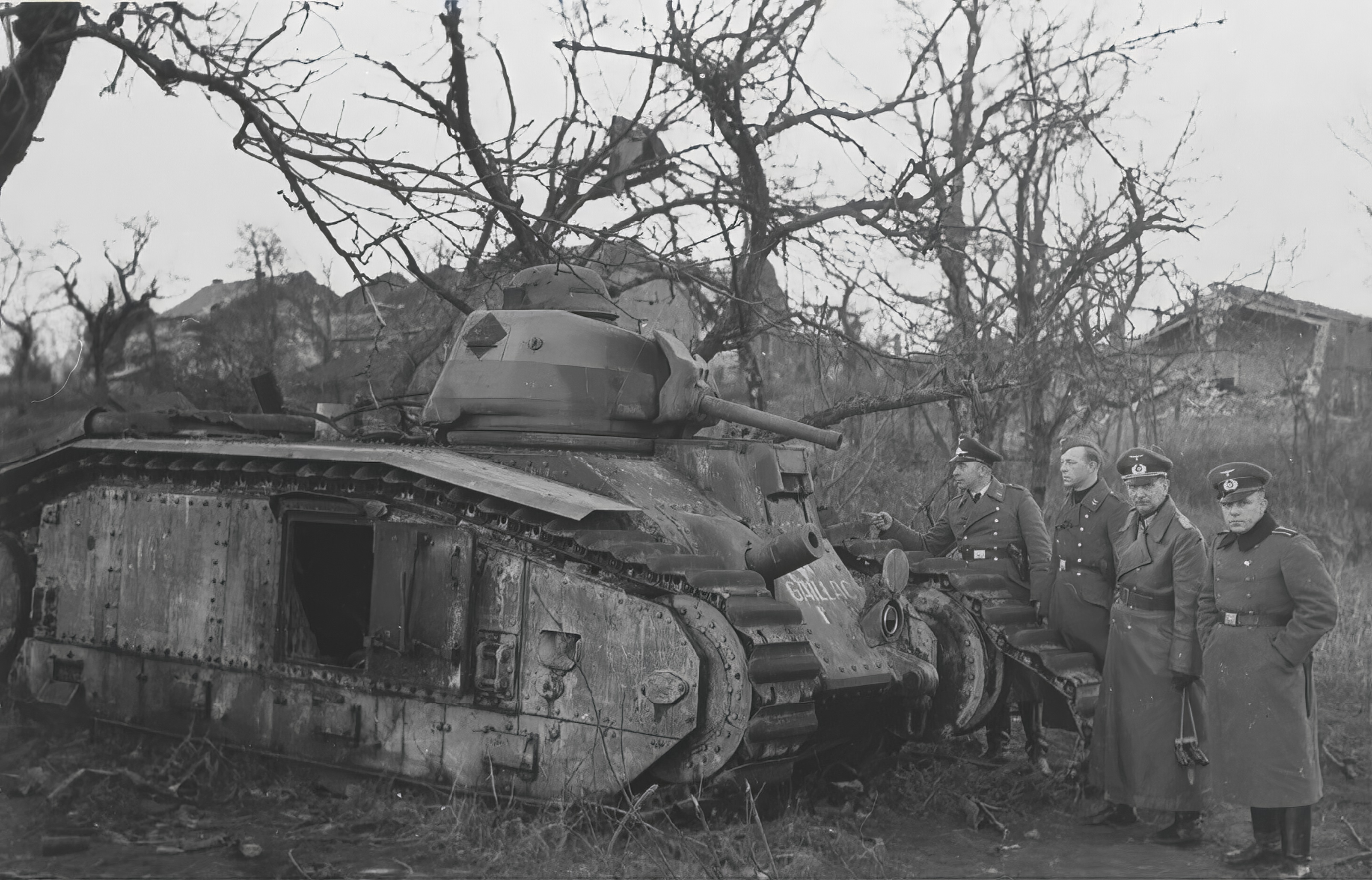 German Gen Christians inspecting a knocked out French Army Renault Char B1 Battle of France 1940 NIOD