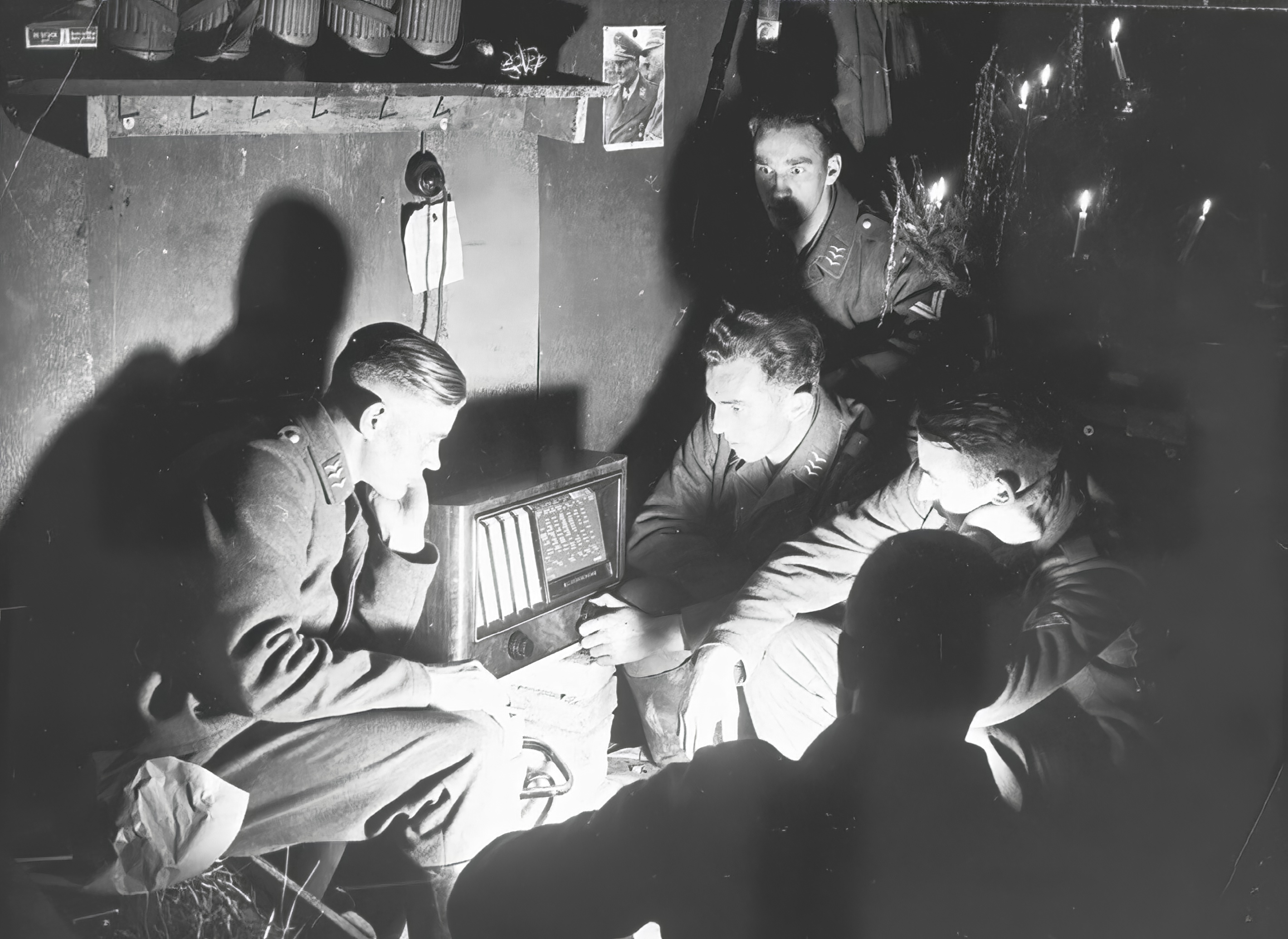 Luftwaffe personnel listening to the radio during Xmas period 12th Dec 1940 NIOD