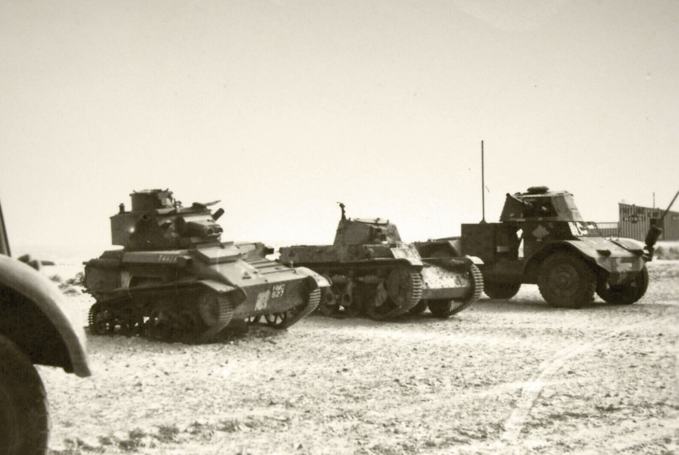 Vickers Light Tank with French Renault AMC 35 n AMD 38 Panhard P178 France 1940 ebay 01