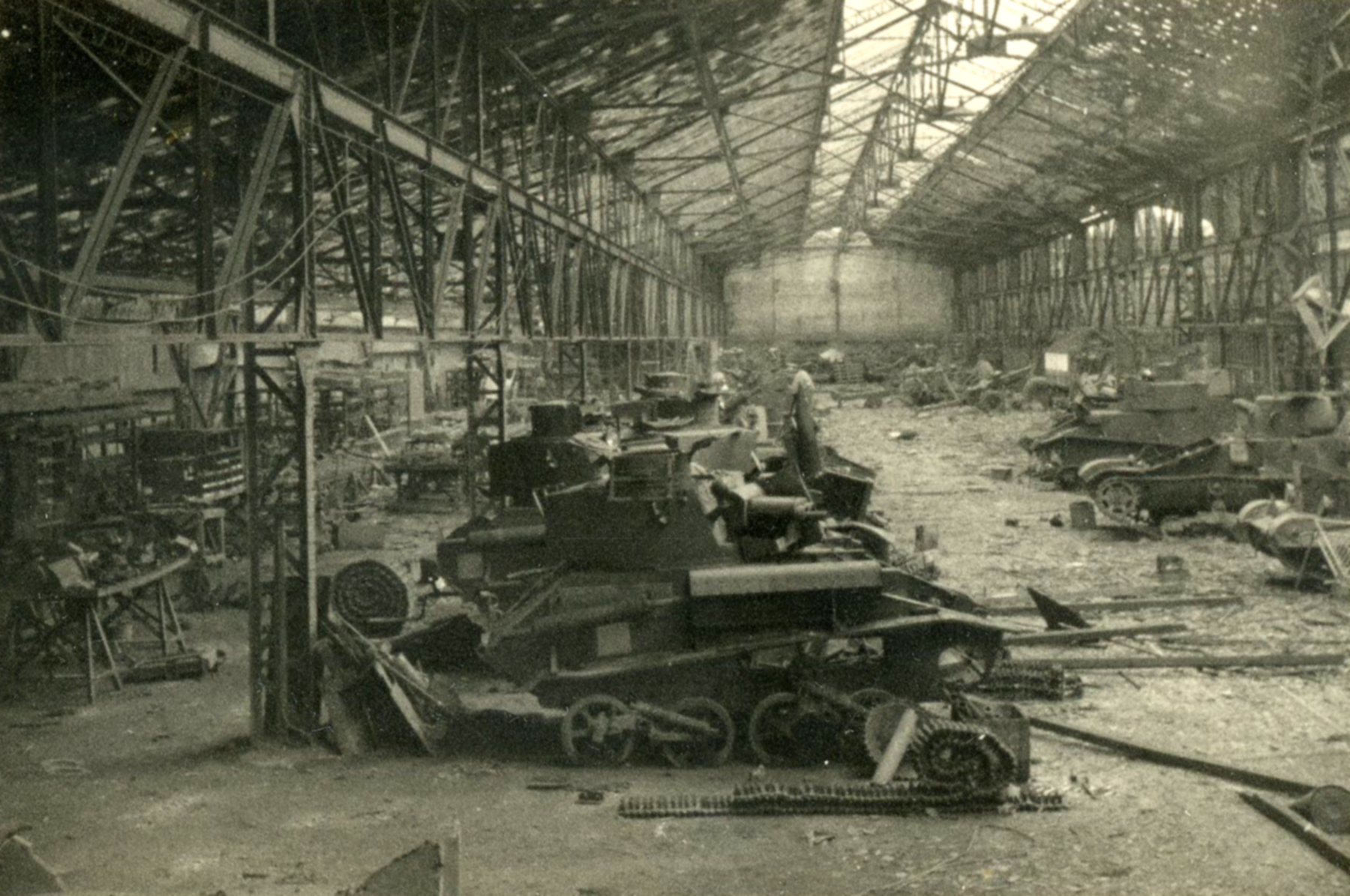 Vickers light tank destroyed at a repair depo battle of France 1940 ebay 01