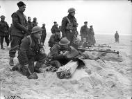 Asisbiz BEF 1st Royal Welch Fusiliers fire Boys anti tank rifles near Etaples Feb 1940 wiki 01