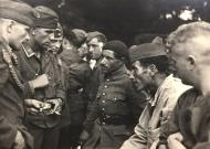 Asisbiz French Algerian POWs from LnAbt(H) mot 7 Algeria being interned after Frances capitulation 25th June 1940 ebay 01