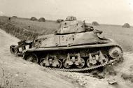 Asisbiz French Army Hotchkiss H39 abandoned battle of Frnce 1940 web 02