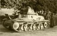 Asisbiz French Army Hotchkiss H39 captured battle of France 1940 ebay 01