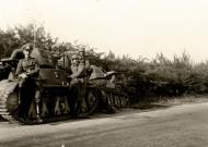 Asisbiz French Army Hotchkiss H39s abandoned during the battle of France 1940 ebay 01
