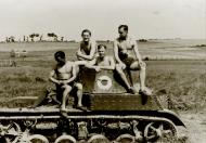 Asisbiz French Army Renault Char AMR 33 abandoned after the battle of France June 1940 web 01