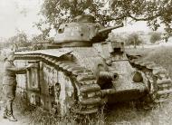 Asisbiz French Army Renault Char B1 named Bretagne Brittany being disarmed France 1940 ebay 03