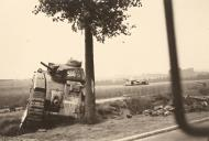 Asisbiz French Army Renault Char B1 named Indochine 530 and Somua S35 abandoned France 1940 01