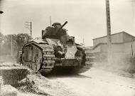 Asisbiz French Army Renault Char B1 named Mbreti means king during the battle of France 1940 ebay 01