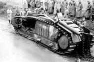 Asisbiz French Army Renault Char B1bis being examined by German soldiers France 1940 01