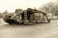Asisbiz French Army Renault Char B1bis destroyed during the battle of France 1940 ebay 02