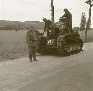 Asisbiz French Army Renault FT 17 captured during the Battle of France 1940 ebay 01