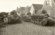 Asisbiz French Army Renault R35 support tank abandoned battle of France 1940 ebay 02