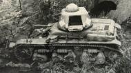 Asisbiz French Army Renault R35 support tank abandoned battle of France 1940 ebay 03
